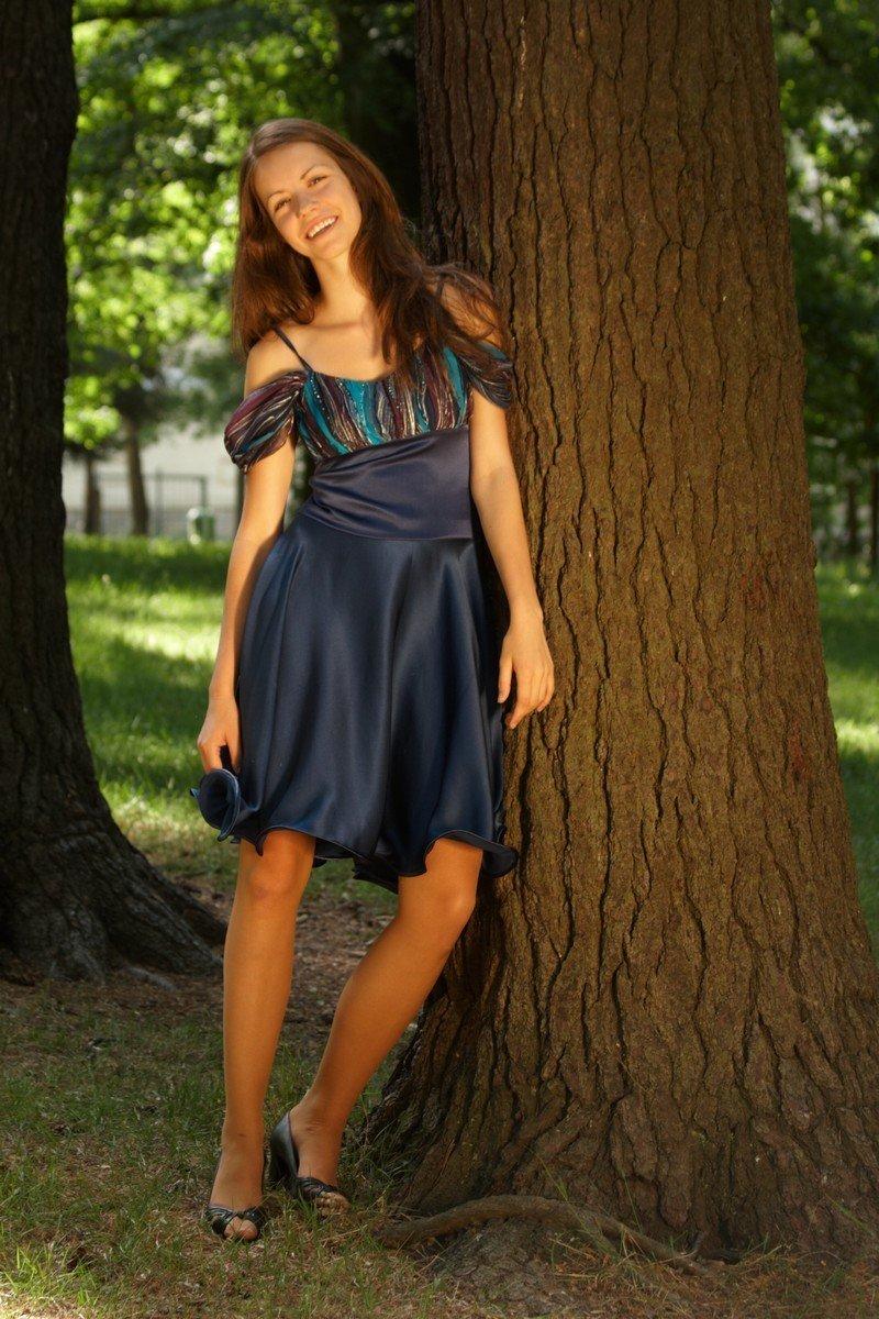 00df52ecb4e Modré hedvábné šaty    Detail produktu    Radka Zrůstková - Maneki-neko